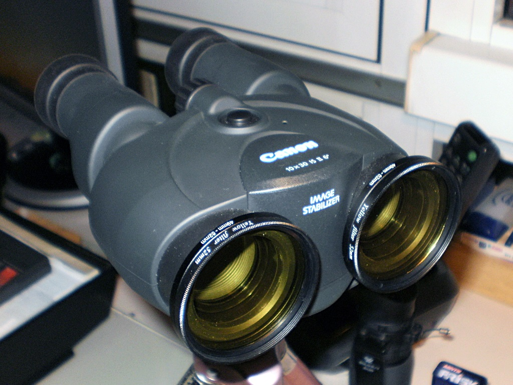 Canon 10x30 IS - 23.JPG